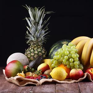 Dlaczego owoce wieczorem mogą być niezdrowe?