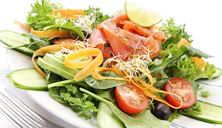 salatka-z-lososiem-2