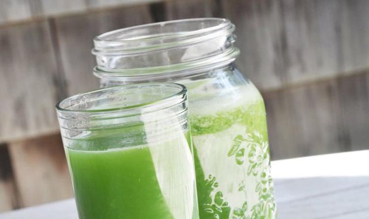 green-day-zielony-sok-na-plaski-brzuch-i-piekna-skore