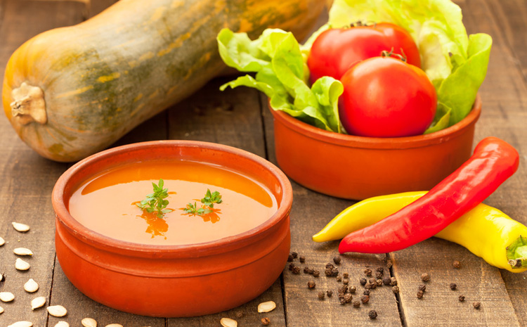 zupa-krem-z-czerwonych-warzyw-z-roszponka