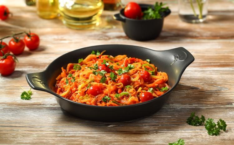 kapusta-zasmazana-z-pomidorami