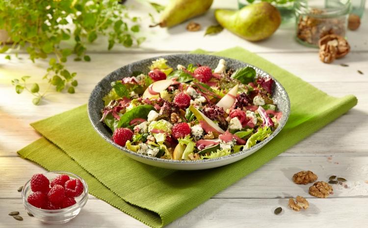salata-z-gruszka-i-serem-gorgonzola