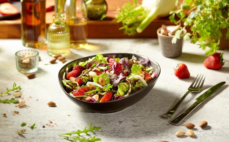orzezwiajaca-salatka